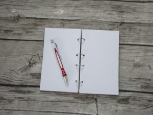 Notizbuch aus altem Buch